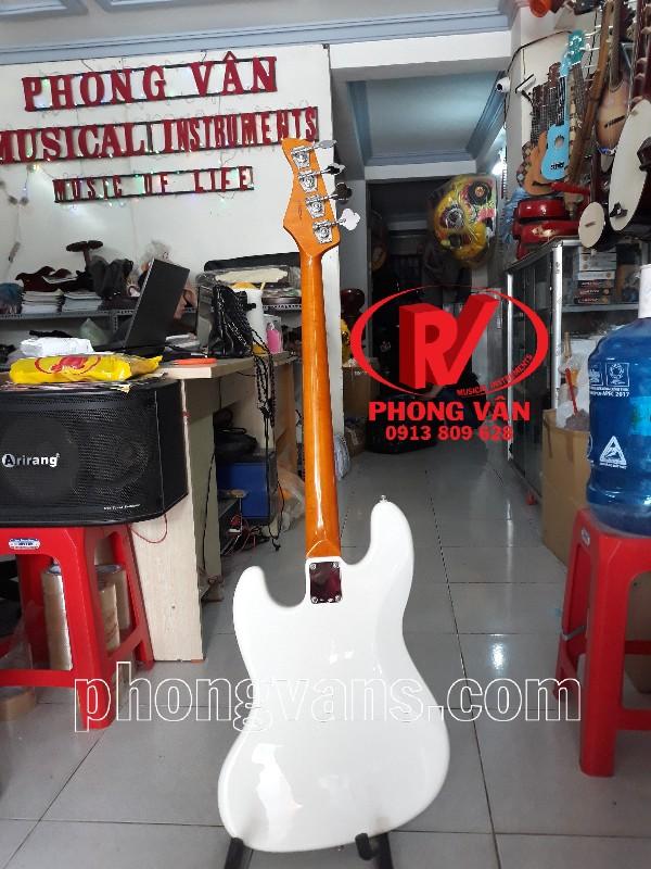 Đàn guitar bass điện Fender stratocaster màu trắng