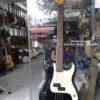 Đàn guitar bass điện Fender stratocaster màu đen