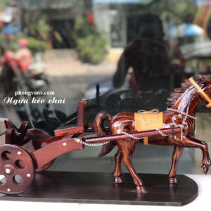 Xe ngựa kéo đơn chai rượu vang