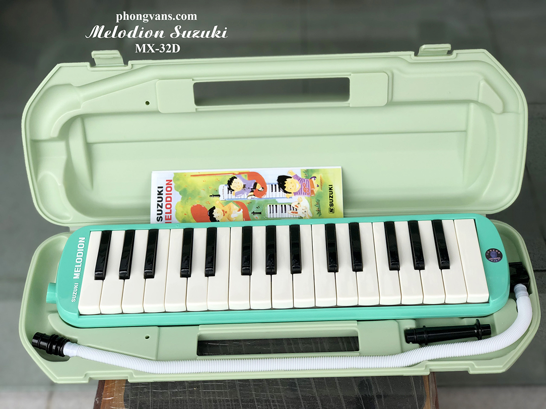 Kèn thổi Melodion Medica Suzuki 32 nốt