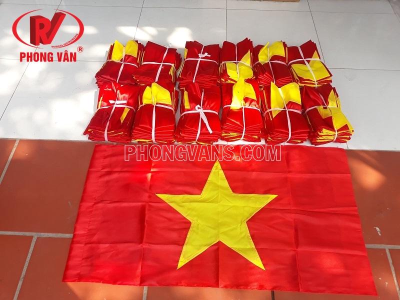 Bán sỉ cờ tổ quốc Việt Nam