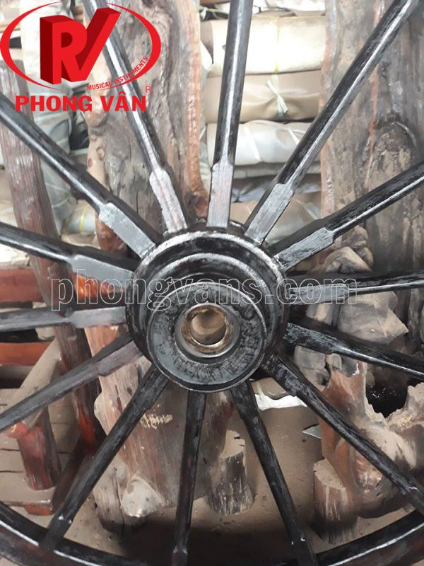 Bánh xe bò ngựa cổ bằng gỗ rộng 150 cm