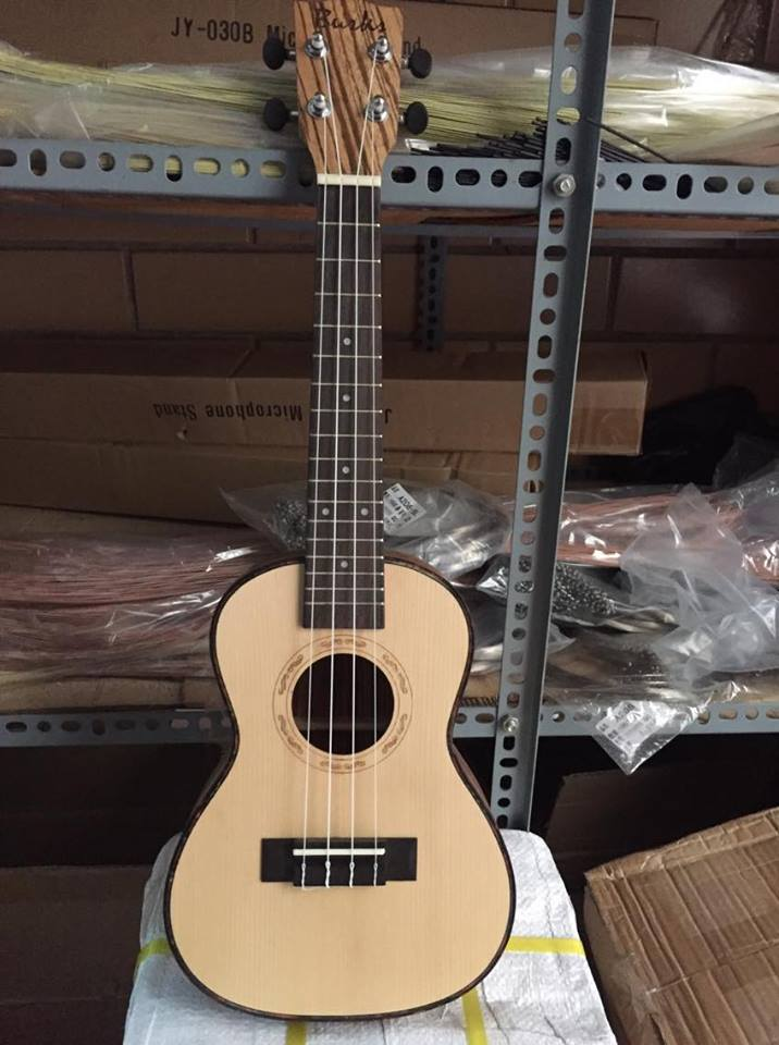 Đàn ukulele gỗ UK21