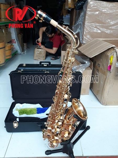 Kèn saxophone alto Yamaha màu vàng