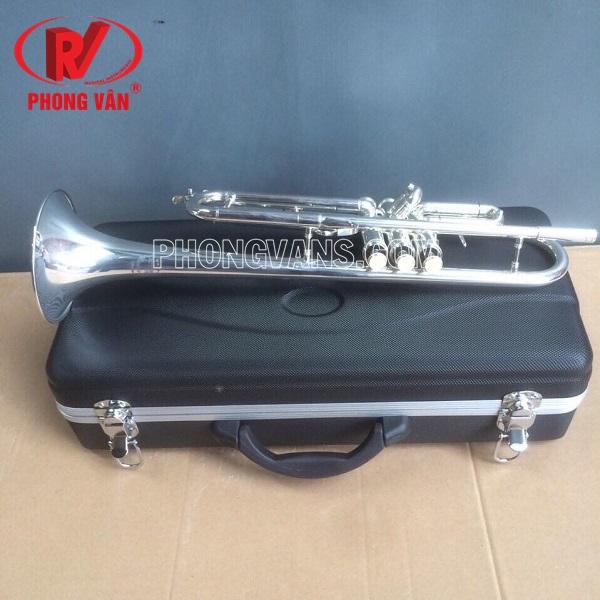 Kèn trumpet Victoria màu bạc