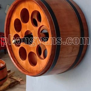 Nửa trống gỗ treo tường cắm chai rượu vang
