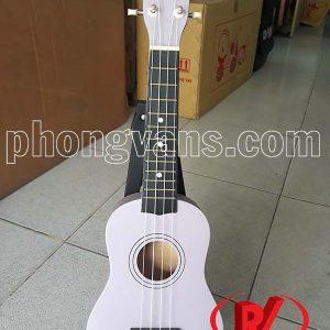 Đàn ukulele màu tím bằng gỗ