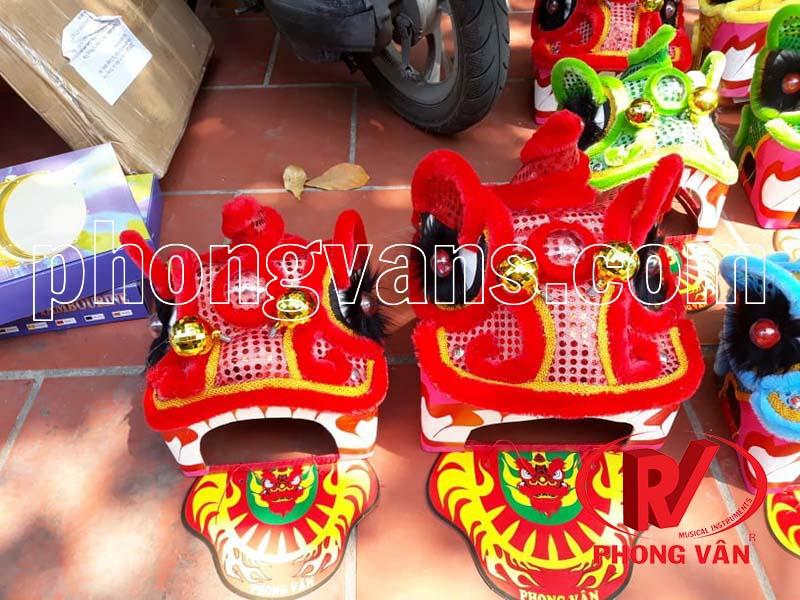 Đầu lân mini màu đỏ Phong Vân