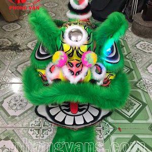 Đầu múa lân vẽ biểu diễn màu xanh lá