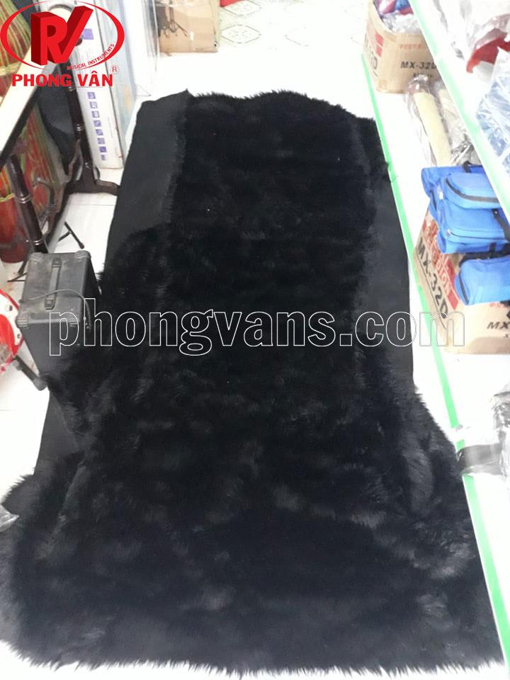 Lông nhân tạo làm lân màu đen