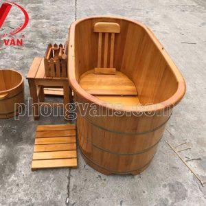 Bồn gỗ ngâm người