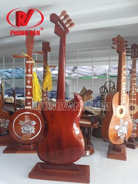 Đàn guitar điện mô hình nhỏ