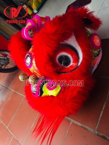 Đầu múa lân lông cừu màu đỏ