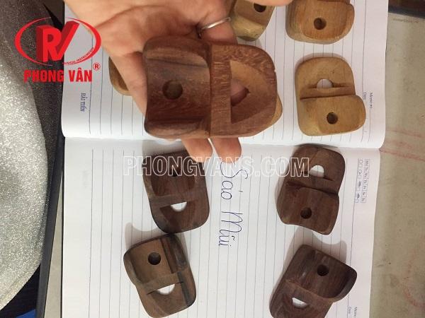 Sáo mũi bằng gỗ