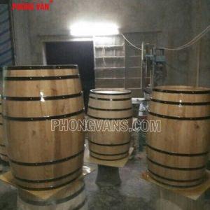 Thùng gỗ sồi trưng bày cao 1m2
