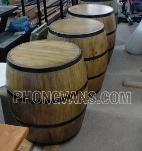 Thùng gỗ thông trang trí cao 70cm màu giả cổ