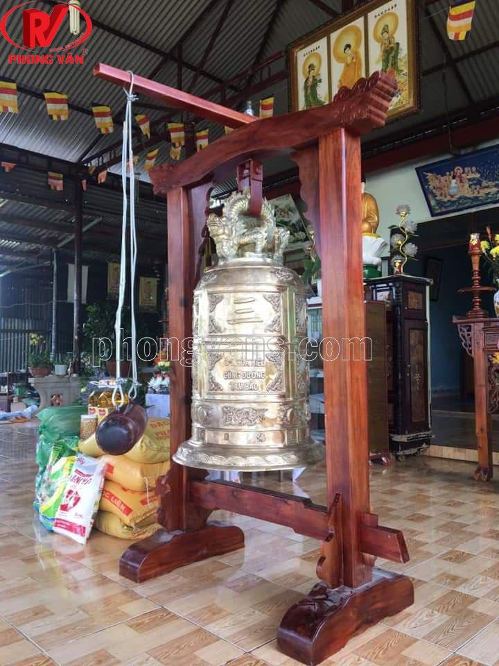 Chuông chùa 1 tạ