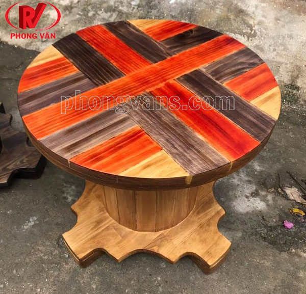 Bàn bằng bobbin gỗ thông
