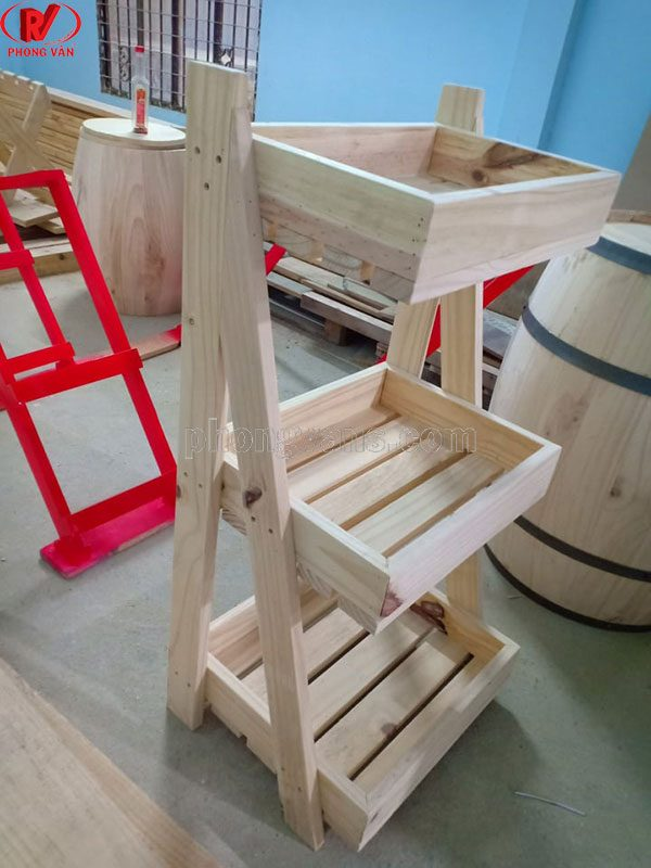 Kệ gỗ để trưng bày trái cây 3 tầng
