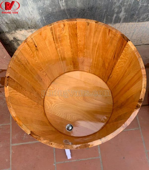 Thùng tắm gỗ pơmu tròn đứng van inox