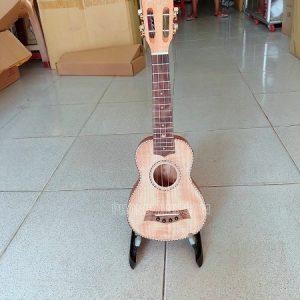 Đàn ukulele soprano gỗ tốt