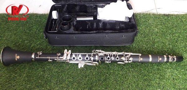 Kèn Clarinet hãng Jupiter màu đen JCL-700