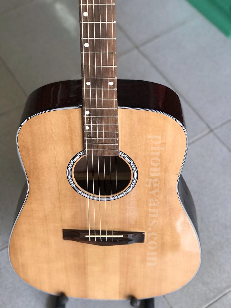 Đàn guitar acoustic VE70 thùng vuông