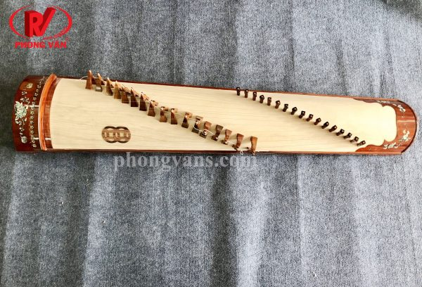 hạc cụ Phong vân là đơn vị chuyên phân phối sỉ lẻ nhạc cụ dân tộc Việt Nam chất lượng. Nay Phong Vân giới thiệu mẫu