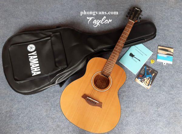 Đàn guitar Taylor GS mini có EQ 3 núm