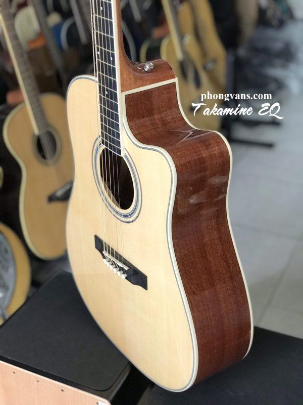 Guitar acoustic Takamine có EQ