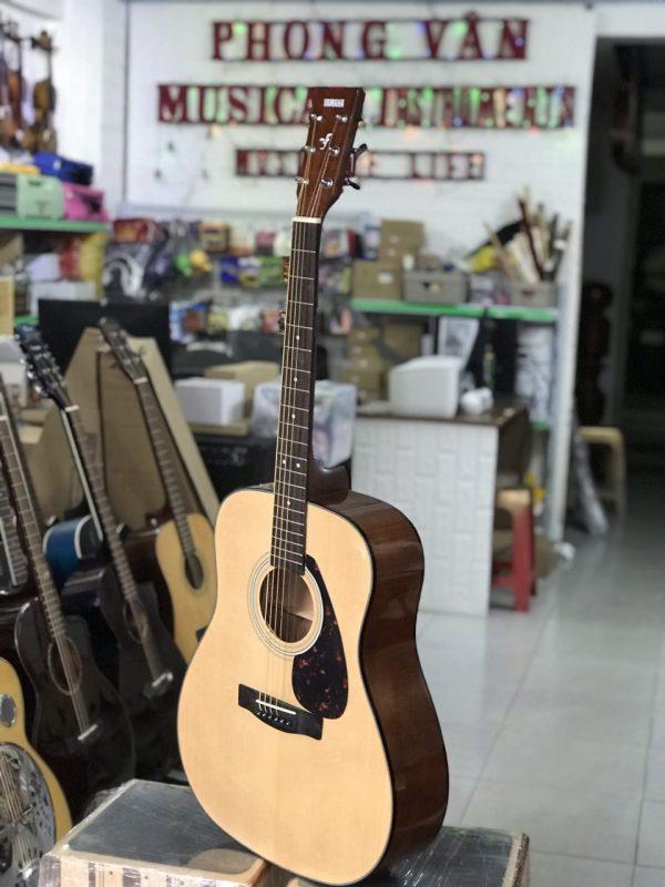 Đàn guitar acoustic Yamaha F600