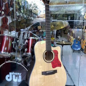 Guitar acoustic hãng Saiger