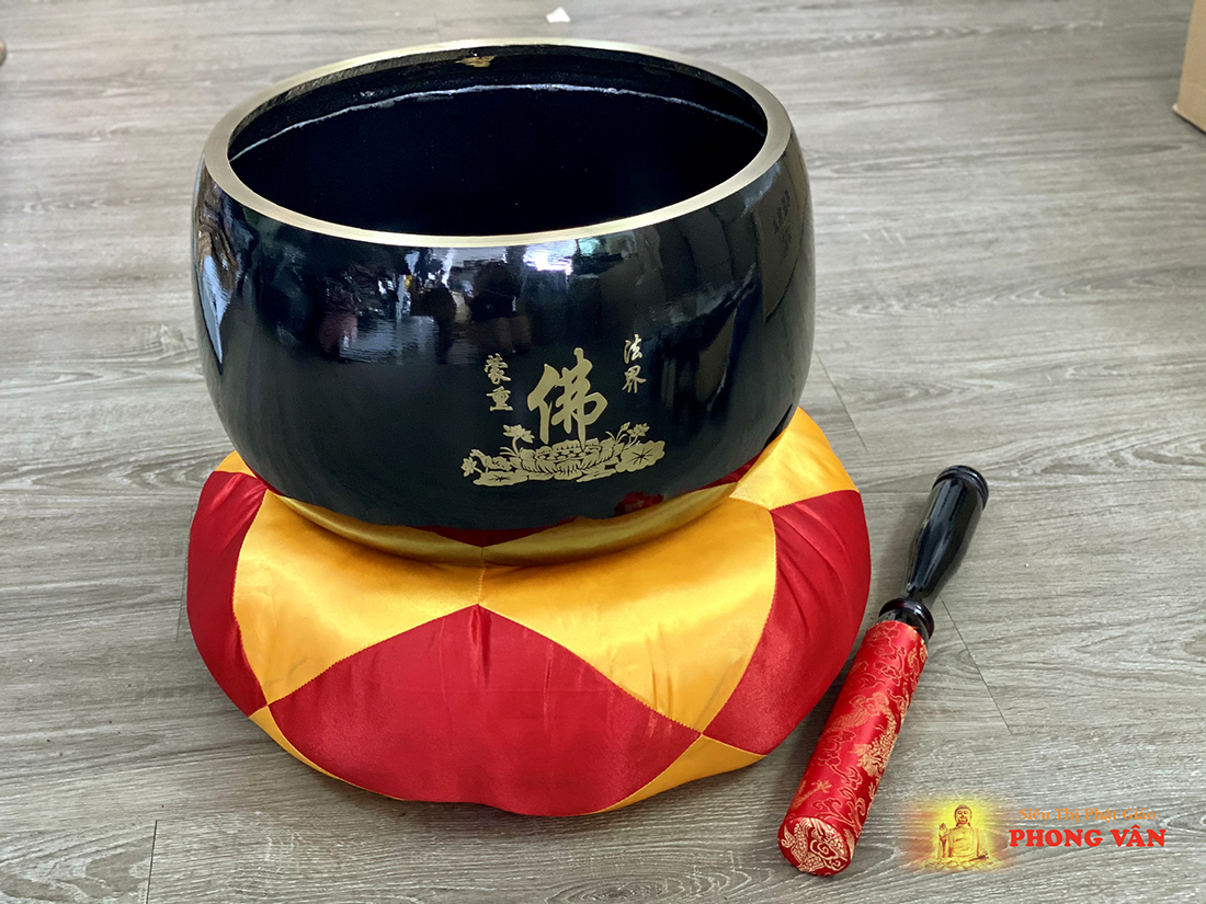 Chuông Đài Loan đen chữ Phật 12 inch